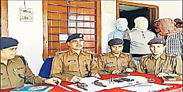 कुख्यात अनमोल यादव समेत तीन गिरफ्तार, बिहार के कई जिलों समेत नेपाल पुलिस को थी इनकी तलाश