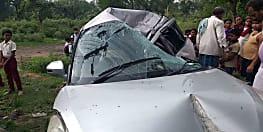 धनबाद में भीषण सड़क हादसा, 2 की मौत 3 की हालत गंभीर