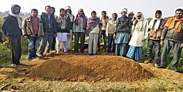 48 घंटे तक घर में पड़ी रही लाश, गांव वालों ने कहा- गैर इस्लामिक काम करने की सजा मिल रही!