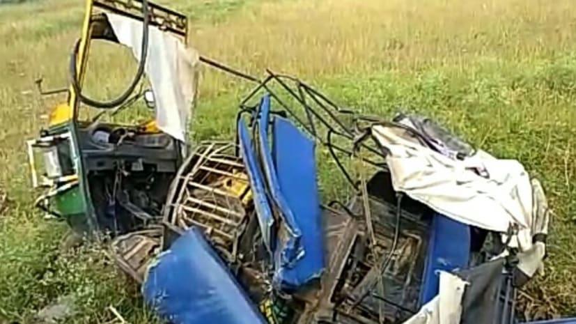 नवादा में बस और ऑटो की सीधी टक्कर, 4 की मौत कई घायल