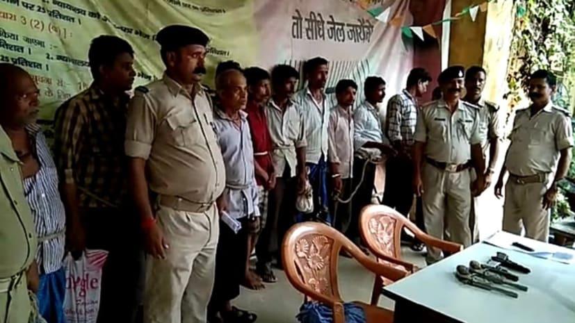 बेतिया में पुलिस को मिली सफलता, बैंक लूट की योजना बनाते दो को किया गिरफ्तार