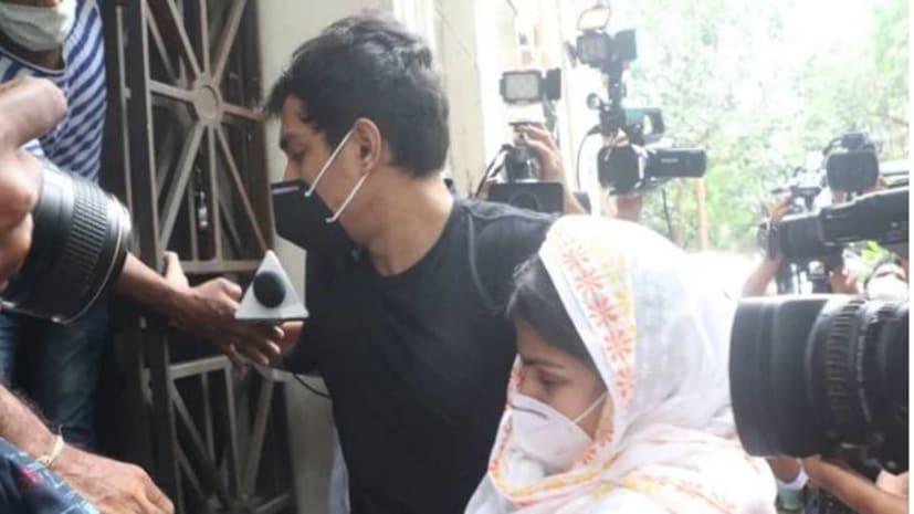 आज सुशांत के पिता का बयान दर्ज करेगी CBI, रिया से ED की पूछताछ जारी
