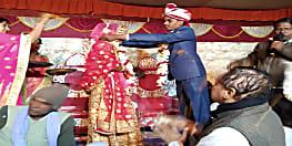 एक विवाह ऐसा भी, बगैर पुरोहित अर्जक पद्धति से हुई शादी