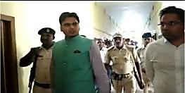 एक्शन में आये बेगूसराय के डीएम अरविन्द कुमार. कार्यालय में मचा हड़कम्प