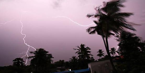 मौसम विभाग ने जारी किया अलर्ट, बिहार के इन जिलों में आंधी और वज्रपात की आशंका