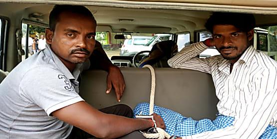 सासाराम में सुरक्षा बलों के साथ मिलकर पुलिस ने की छापेमारी, दो नक्सलियों को किया गिरफ्तार