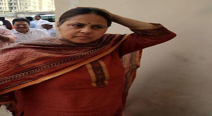 मीसा भारती ने रांची के रिम्स में लालू यादव से की मुलाकात, एग्जिट पोल को किया खारिज