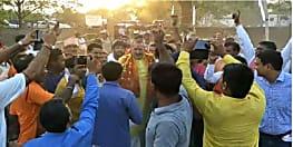 बेगूसराय में कन्हैया पर भारी पड़े गिरिराज,आपस में भिड़े कार्यकर्त्ता
