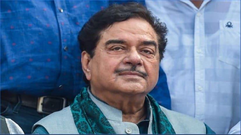 लोकसभा चुनाव : पटना साहिब से कांग्रेस प्रत्याशी शत्रुघ्न सिन्हा आगे