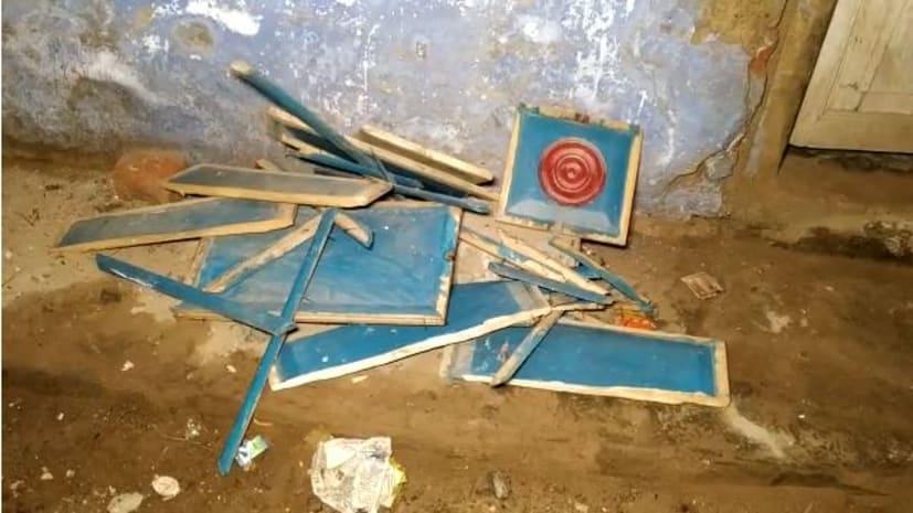 बड़ी खबर : राजद के पूर्व विधान पार्षद के घर हमला, आधी रात को 4 की संख्या में आए बदमाशों ने बरसाई ईट पत्थर