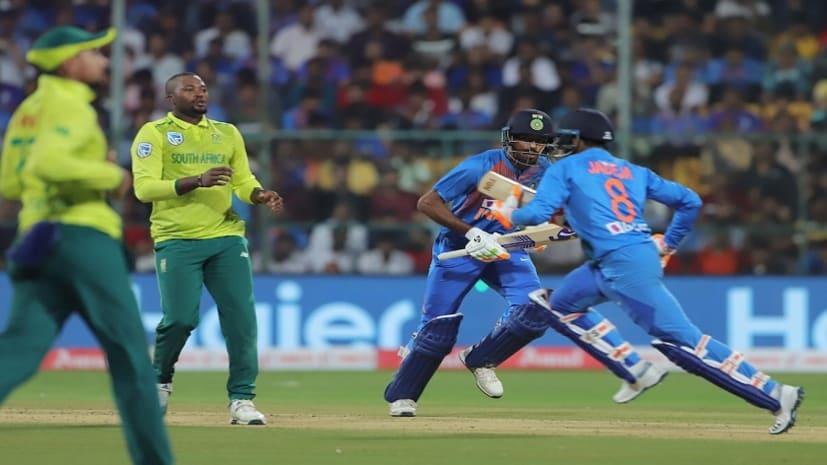 भारत को 9 विकेट से हराकर अफ़्रीका ने श्रृंखला किया एक एक से बराबर