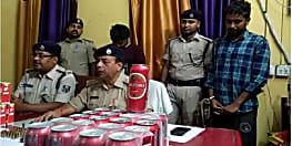 चावल कारोबारी से 12 लाख लूटने के मामले में दो गिरफ्तार, हथियार और शराब बरामद