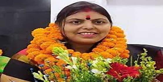 किशनगंज सीट से बीजेपी प्रत्याशी स्वीटी सिंह की बढ़त जारी.....करीब 4 हजार मतों से चल रहीं आगे