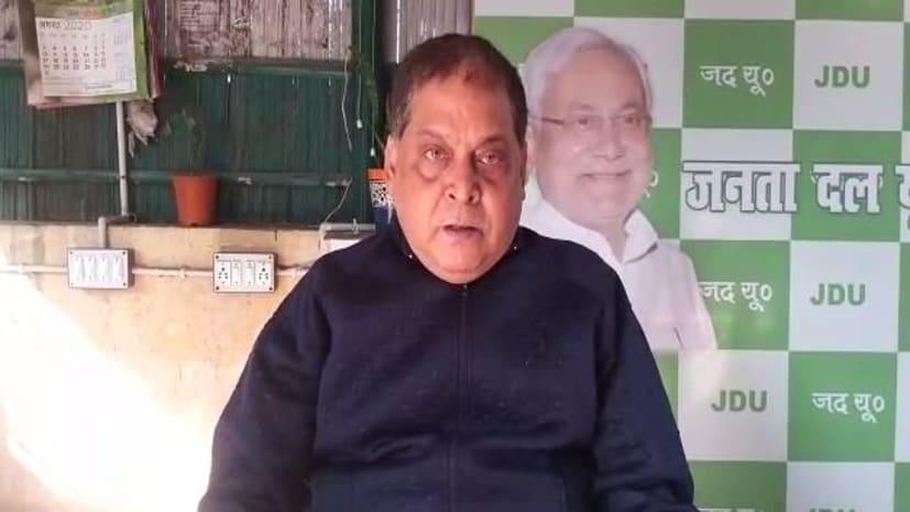 जदयू नेता नीरज कुमार का तेजस्वी पर हमला, कहा- 20 मामलों के आरोपी को नेता प्रतिपक्ष की कुर्सी का मोह त्याग देना चाहिए