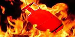 जमुई में बड़ा हादसा : गैस सिलेंडर में हुई लीकेज से लगी आग, मां-बेटे समेत तीन झुलसे
