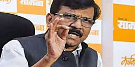 पीएम मोदी पर शिवसेना ने साधा निशाना, कहा शहीदों के नाम पर कर रहे हैं राजनीति