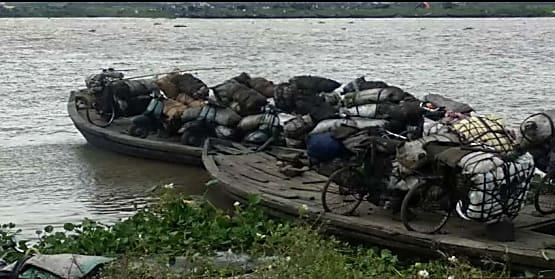 कोयला का अवैध व्यवसाय करनेवालों पर पुलिस ने की कार्रवाई, 60 टन कोयला जब्त