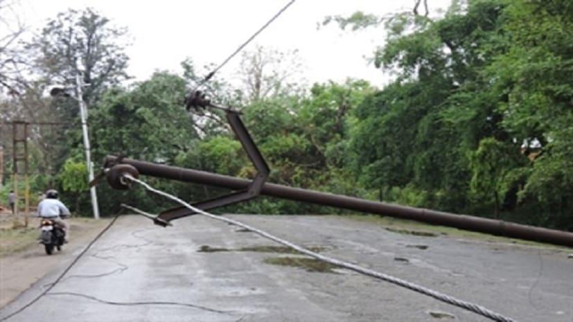 बिहार में आंधी-पानी ने मचाई तबाही, चार लोगों की मौत, पांच घायल