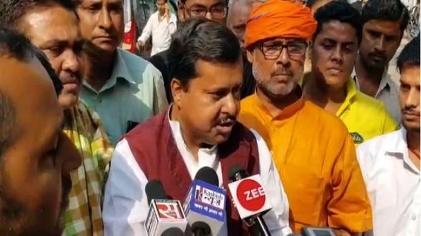 प्रियंका के चुनाव नहीं लड़ने पर बीजेपी का कटाक्ष :  राहुल को सताने लगा था डर, कहीं बहन न बन जाए उनके लिए चुनौती