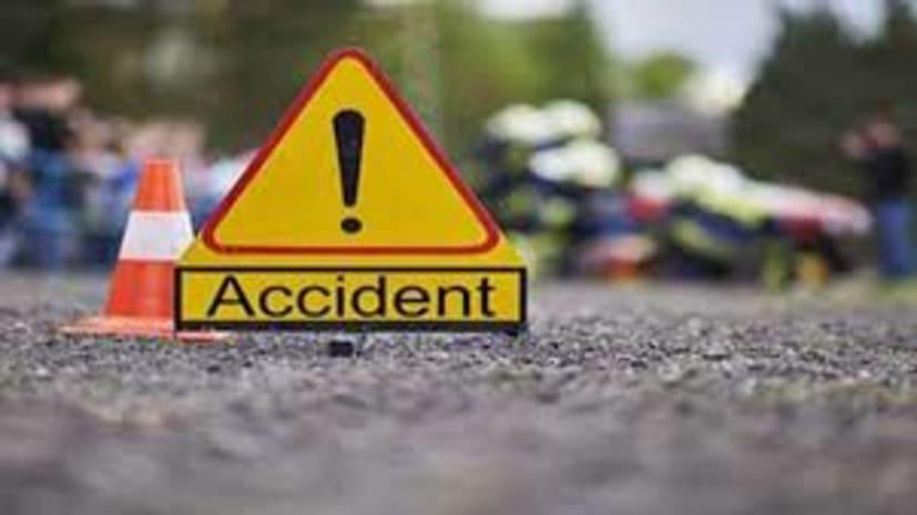 सड़क दुर्घटना में 5 की मौत, सात गंभीर रुप से घायल