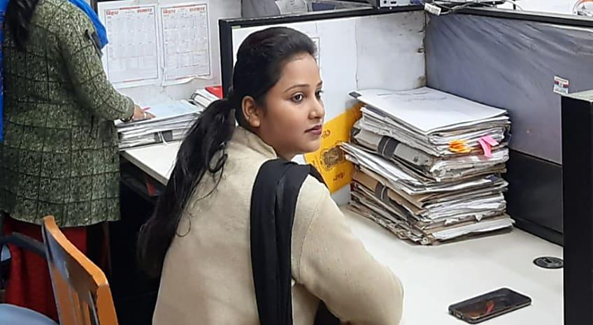 बिहार के पावर सेंटर में काली पट्टी बांध काम कर रहे सचिवालय कर्मी,सचिवालय सहायकों ने दिया सरकार को अल्टीमेटम