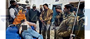 लूटपाट के दौरान अपराधियों ने युवक पर किया चाकू से हमला, खुद चलकर पीड़ित पंहुचा अस्पताल