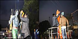 सीएम हेमंत सोरेन दो दिवसीय दौरे पर पहुंचे दुमका, वीर शहीदों और महापुरुषों की प्रतिमा पर माल्यार्पण कर किया नमन