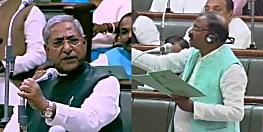 मंत्री जी,हम फोटो खींचकर मुख्यमंत्री जी को दिखा देंगे,तो मंत्री ने कहा-कहिए तो पीपा पुल हीं हटवा देते हैं....