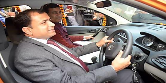 नीतीश राज में परिवहन विभाग के अधिकारी बेलगाम ! दरभंगा डीटीओ की दबंगई से पहले मुजफ्फरपुर एमवीआई के कारस्तानी की खुल चुकी है पोल