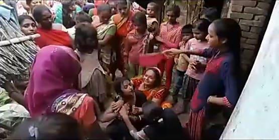 बेगूसराय में अपराधी बेलगाम, छत पर चढ़कर की युवक की हत्या
