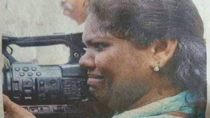 सबरीमाला: 'उन्होंने लात मारा फिर भी मैं वीडियो बनाती रही'- कैमरापर्सन शाजिला