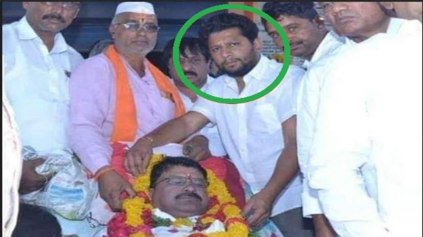 चेहरा चमकाने के लिए BJP प्रत्याशी ने डेड बॉडी के साथ खिंचवाई फोटो, तस्वीर वायरल