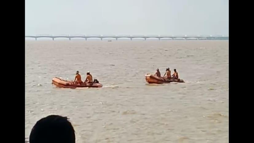 अभी अभी : पटना सिटी में गंगा नहाने गए दो युवक डूबे...