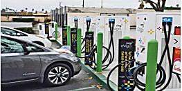 इलेक्ट्रिक वाहन खरीदना हुआ सस्ता, जीएसटी काउंसिल ने घटाया टैक्स