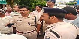 बड़ी खबर : मुजफ्फरपुर में एक दिन में लूट की दो बड़ी वारदात से सनसनी, कारोबारी से पिस्टल की नोक पर अपराधियों ने लूटा 25 लाख