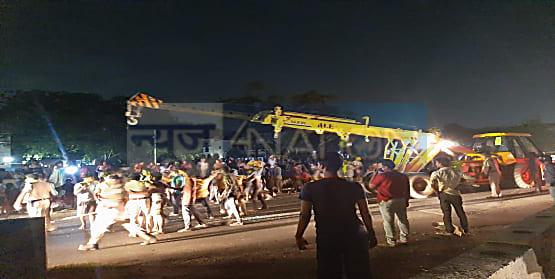 पटना के बेली रोड पर बड़ा हादसा, तीन बच्चों की दर्दनाक मौत, भारी बवाल