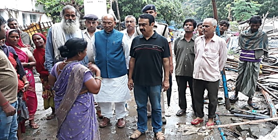 सीपी ठाकुर ने पटना में स्लम बस्तियों को उजाड़ने की निंदा की, कहा- बिना वैकल्पिक व्यवस्था किए गरीबों को हटाना उचित नहीं