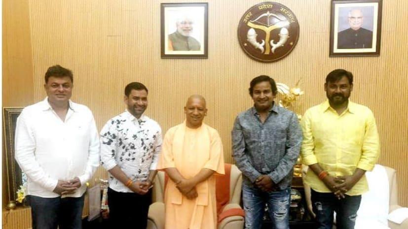 भोजपुरी गायक निरहुआ बीजेपी में शामिल, इस सीट से लड़ सकते हैं लोकसभा चुनाव