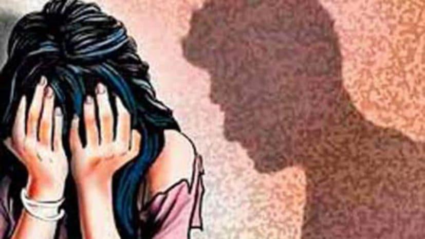 शूटिंग करने आई युवती को डिनर के दौरान पिलाई शराब, नशा होने पर साथी ने किया बलात्कार