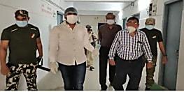 BIHAR NEWS: आरजेडी विधायक मुकेश रौशन ने किया अस्पताल का दौरा, कुव्यवस्था के खिलाफ सरकार पर साधा निशाना