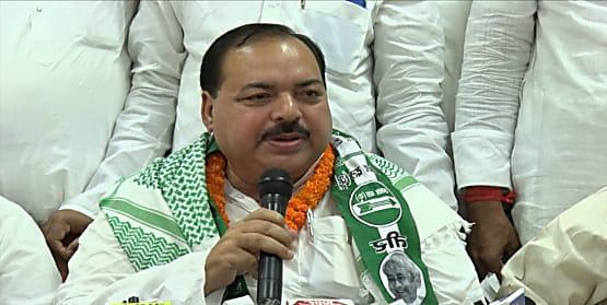 ...जानिए लालू के खास 'फातमी' को जदयू में लाने के लिए CM नीतीश को कितनी बार करनी पड़ी बात और मुलाकात