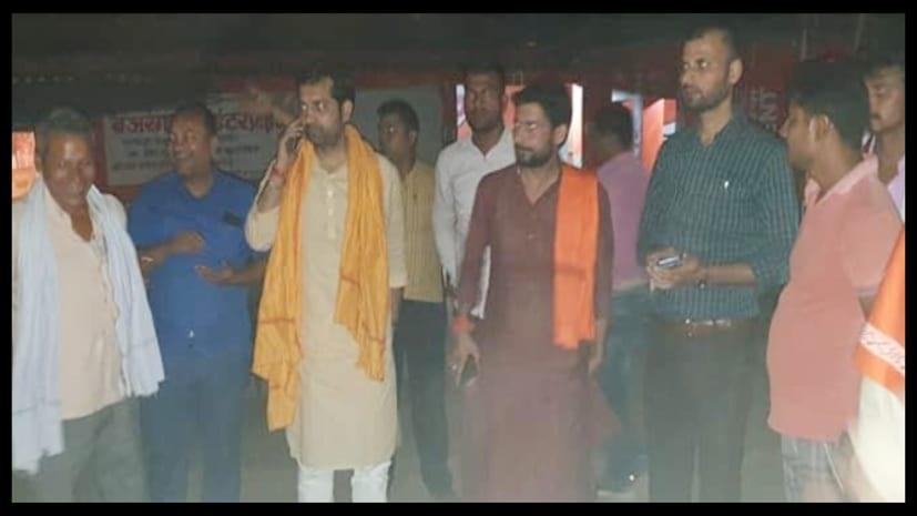 पाटलिपुत्र लोकसभा क्षेत्र के निर्दलीय उम्मीदवार राजेश सिंह को प्रख्यात चिकित्सक डा. अजय कुमार का मिला समर्थन...