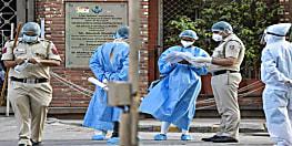देश में कोरोना मरीजों की संख्या 17 लाख पार, 24 घंटे में आए 54,736 केस
