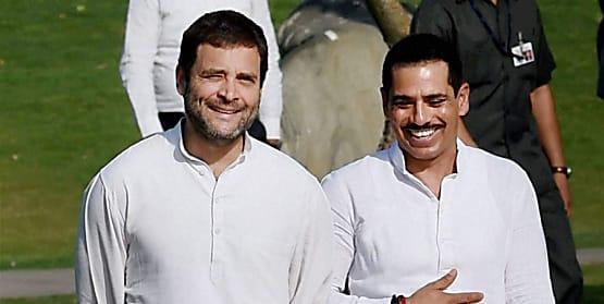 गजब का जनरल नॉलेज जानती है नोएडा पुलिस, राहुल गांधी को बताया कांग्रेस अध्यक्ष वहीं रॉबर्ट वाड्रा को लिख दिया 'पत्नी'