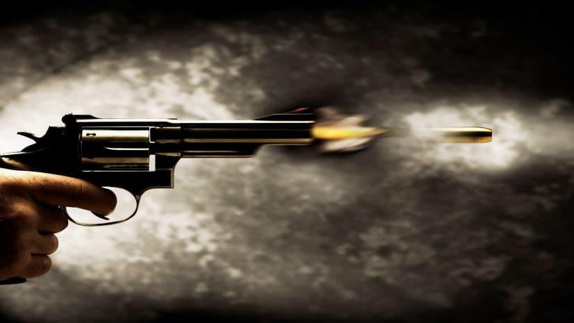 बखौफ अपराधी ने घर घुसकर युवक को मारी गोली, सकते में पुलिस