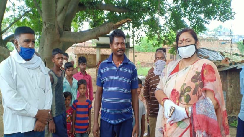 ट्रैक्टर पलटने से महिला की मौत, मृतक के परिजनों से मिलीं बीजेपी नेता पूनम शर्मा
