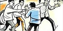 NDA प्रत्याशी ललन सिंह और महागठबंधन की नीलम देवी के समर्थक आपस में भिड़े, जमकर चले लाठी-डंडे