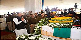 सुर्खियों में रहने के लिए सीएम रहते रघुवर दास ने कर दी थी घोषणा, शहीद विजय सोरेंग के परिजन को नहीं दी 1 महीने की सैलरी