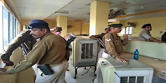 पटना में अपराधियों ने फिर दिखाया पुलिस को ठेंगा, दिनदहाड़े फाइनेंस कंपनी में लूट