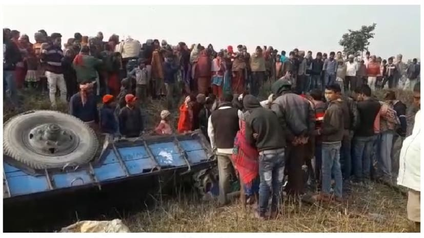 ट्रैक्टर से दबकर किसान की मौत, गांव में पसरा मातम